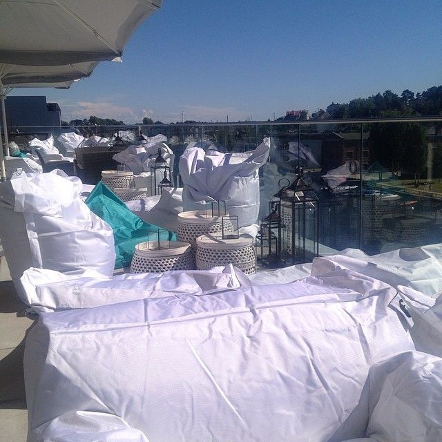 From our rooftop styling at a popup bar in Fredrikstad, Norway