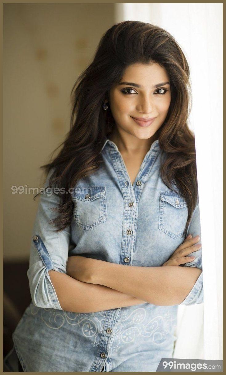 Aathmika Cute Hd Photos 1080p 4978 Aathmika Actress Kollywood Wallpapers Actress Photos Beautiful Indian Actress Indian Actress Gallery
