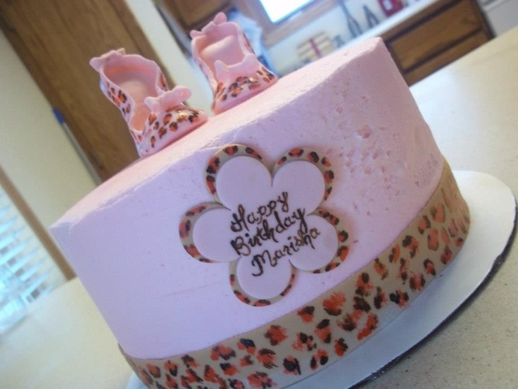 Pink cheetah cake and the inside was pink cheetah print cake