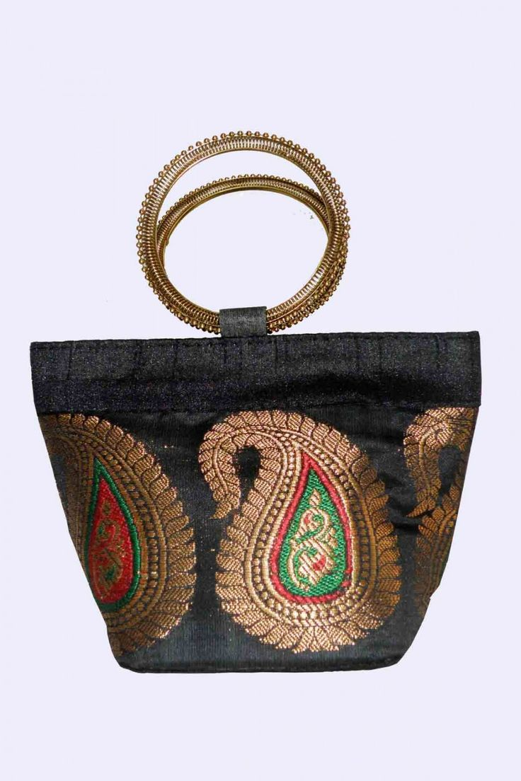 http://zohraa.com/accessories/bags-and-clutches/clutches/black-clutch-z1417pbsktmangoblack-70.html  Rs. 649 #bags #bagsonline #clutches #clutchesonline