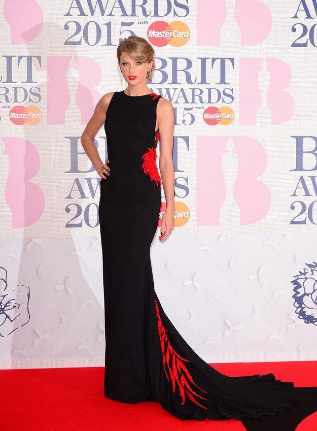 Taylor Swift may have arrived at the BRITs towards the end of the red carpet but she totally stole the show.