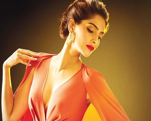 Scroll down for list of top 10 Sonam Kapoor movies 2017 including Sonam Kapoor upcoming movie Padman and Sanjay Dutt Biopic (2017) new Bollywood film.
