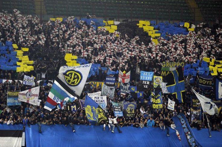 #Coreografia dei tifosi interisti in @Inter-@OfficialASRoma durante il campionato di calcio @SerieA_TIM 2013-2014