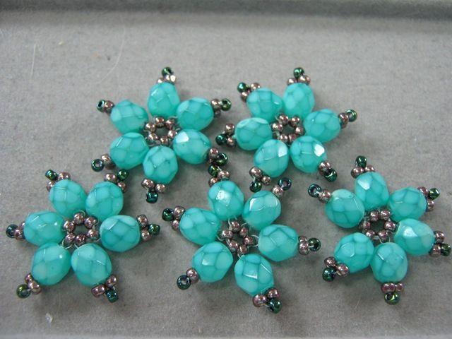 bead flower bracelet - #seed #bead #tutorial