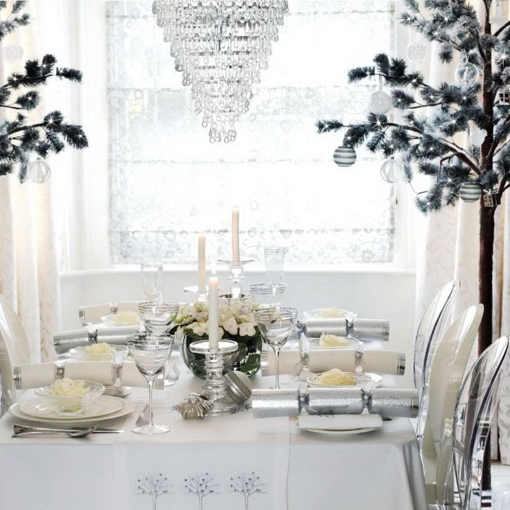 50 Stunning Christmas Table Settings & 1259 best Christmas Table Decorations images on Pinterest ...