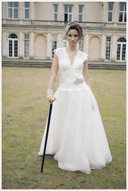 Queen Kitty - Wedding Dress by Kitty & Dulcie