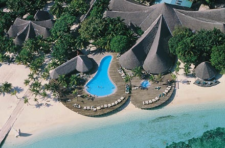 Kuredu Island Resort - Aerial View of the Main Pool and right next to it is Koamas Restaurant and Babuna Bar