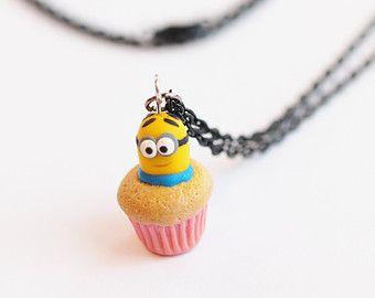 Minion de Dave Miniatura Cupcake arcilla del polímero perfumado Collar