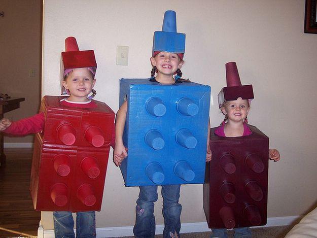 Lego ladies. | 24 Badass Halloween Costumes To Empower Little Girls