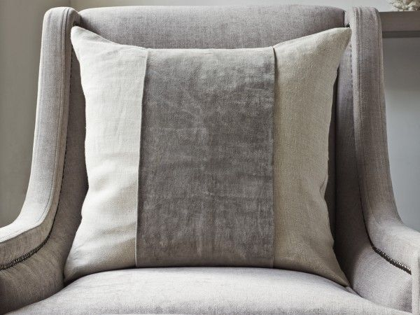 Cream Cushion for the lounge- I will make ones similar to this, but less expensive.