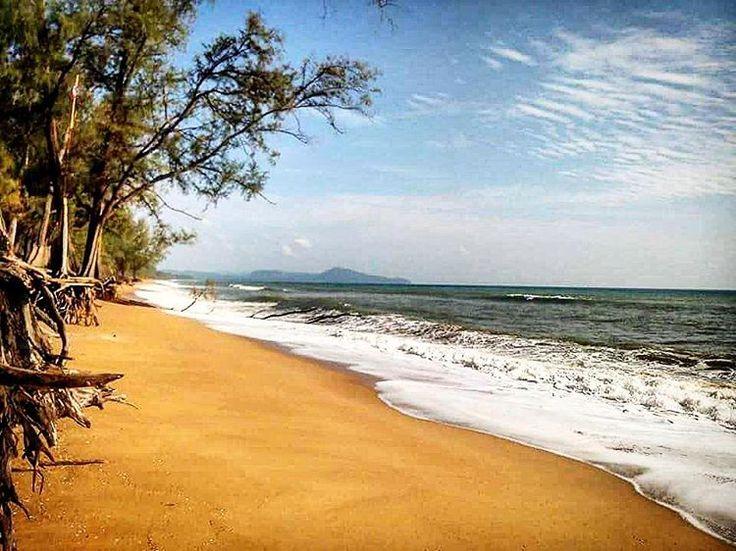 https://www.airbnb.com/rooms/9308317 .  #beach #sea #sun #ocean #sand #love #beautiful #vacation #fun #waves #sky #travel #nature #water #paradise #happy . https://www.instagram.com/p/BCq-sloSi1i/