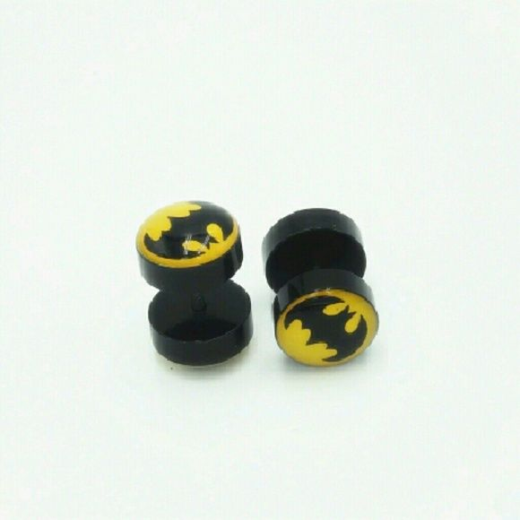 Batman 8mm faux gauges Cute Batman 8mm fake ear plugs Jewelry Earrings