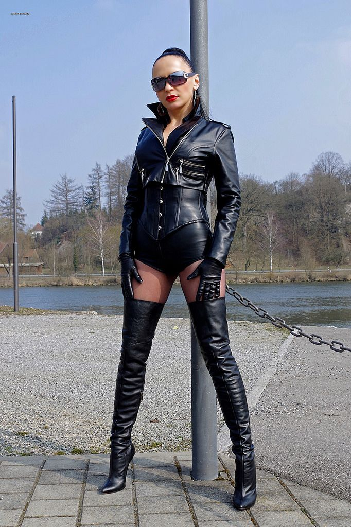 173 Best Diva Nadja Images On Pinterest Latex Leather Fashion And Leather Dresses
