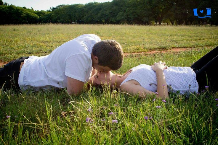Engagement shoot by Vicks Dynamic Photography