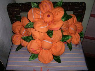 bunga from : http://hantaranpernikahanonline.wordpress.com/
