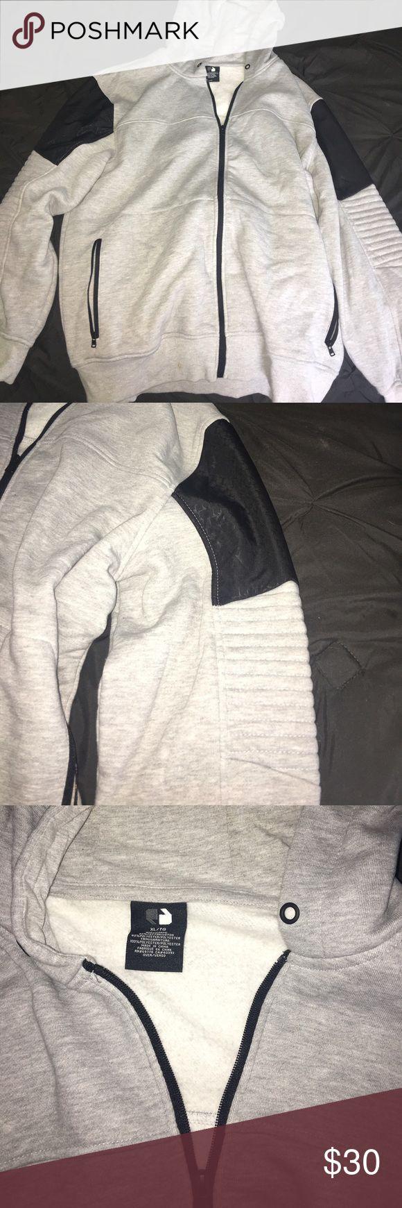 Men's zip up hoodie Grey zip up hoodie in excellent condition! I am also selling matching sweatpants! Shirts Sweatshirts & Hoodies