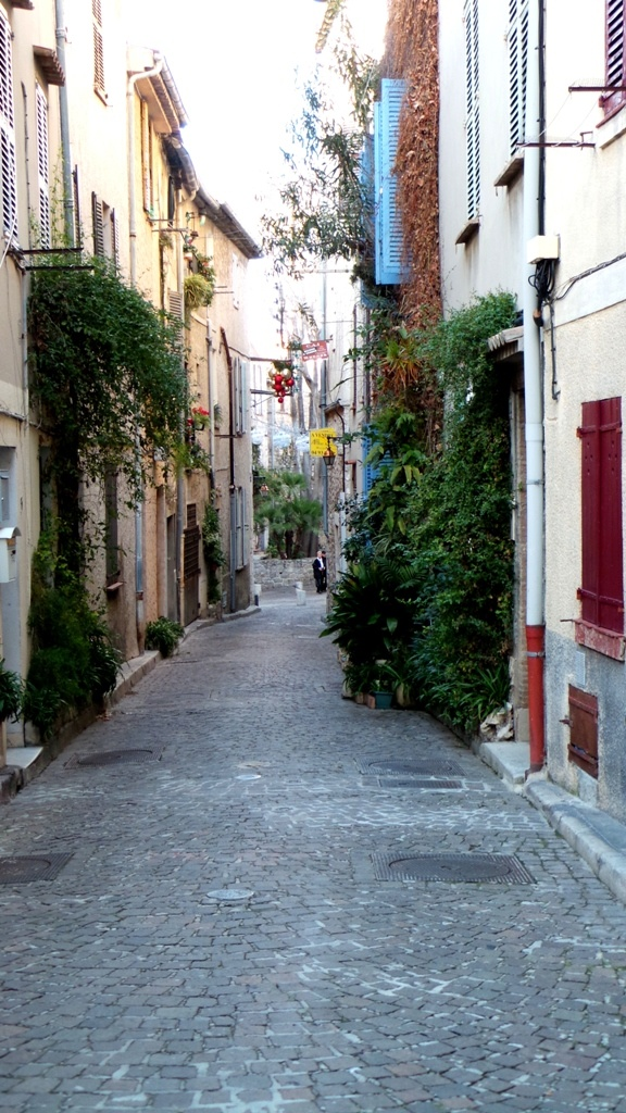 Antibes France and lived