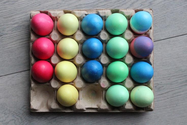 egg easter coloured