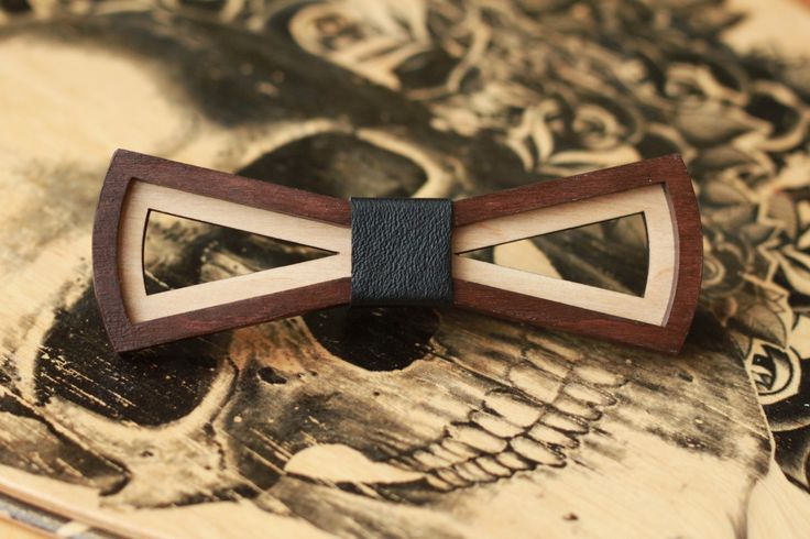 Wood Bow Tie for man with black leather. For father, for boyfriend, for brother…