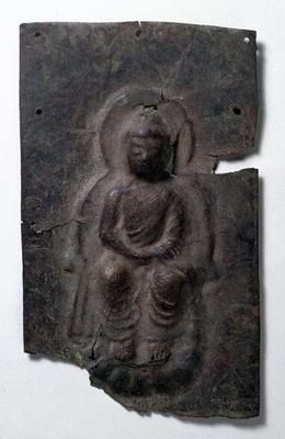Buddha image in repoussee relief. Japan. Hakuho period (645-671). Gilt bronze. h 25.8 x w 15.5 cm. Acquired 1997. Robert and Lisa Sainsbury Collection. UEA 1145. www.scva.ac.uk