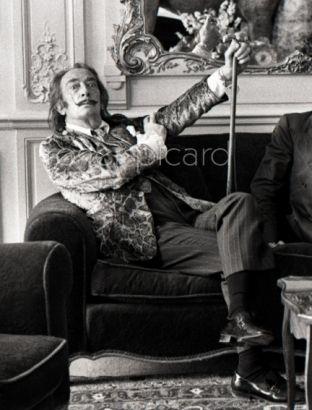 Salvador Dali à l'hôtel Meurice par Roger Picard (depuis Paris et Dali)
