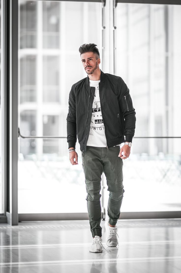 #claytonitalia #collection #menswear #stylish#look #photooftheday #fashionblogger #suits #pants#outfit #outfitoftheday #influencer #cool #fashion#menswear #boy #boystyle #style #likes #love#handsomeboy #handsome #man #beautiful #nice