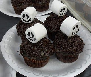 Maybe a little Jack Skullinton? Now I'm inspired - how could I make Nightmare Before Christmas cupcakes? Any ideas? cupcakes/dcc