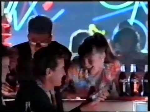 """""""Breaks"""" (Coca-cola is it!) 1986 Coca-Cola Werbung Commercial - YouTube"""
