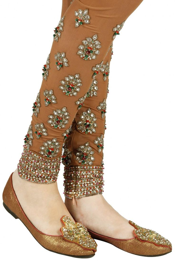 Beads and gota patti embroidered pink mojaris. By Ashima Leena. Shop now at www.perniaspopupshop.com #footwear #perniaspopupshop #festive #essential #amazing #ashimaleena #gorgeous #musthave #designer #indian #happyshopping