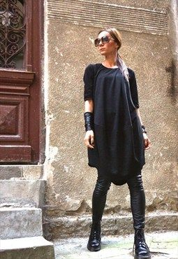 Oversize Black Loose Casual Top /Extravagant Tunic B02152