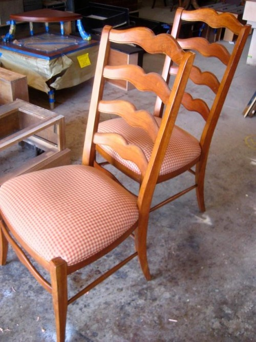 Did Fido Leave Chew Marks On The Legs Of Your Dining Room Chair? These  Instructions Will Show You How To Patch And Repair Chew Marks On Wood  Furniture.