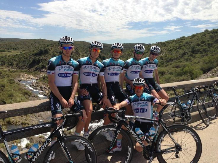 Mark Cavendish: Training today in Argentina with the @opqscyclingteam boys. Beautiful! pic.twitter.com/GWO4UtfN