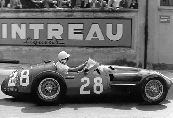 1932 Maserati 8C 2500 at Monaco Grand Prix Photo Poster Formula 1