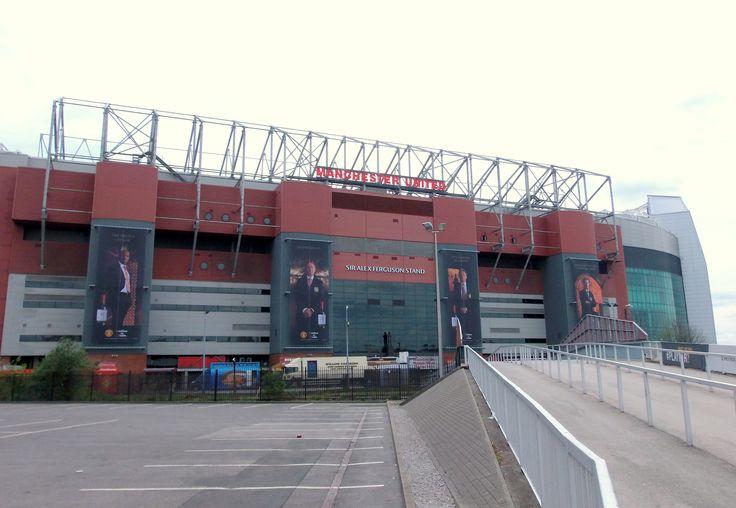 manchester united stadium map