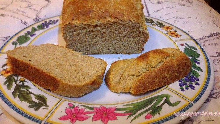 Výborný ražno-pšeničný chlieb :-) Dobrý je aj po 3 dňoch :-)