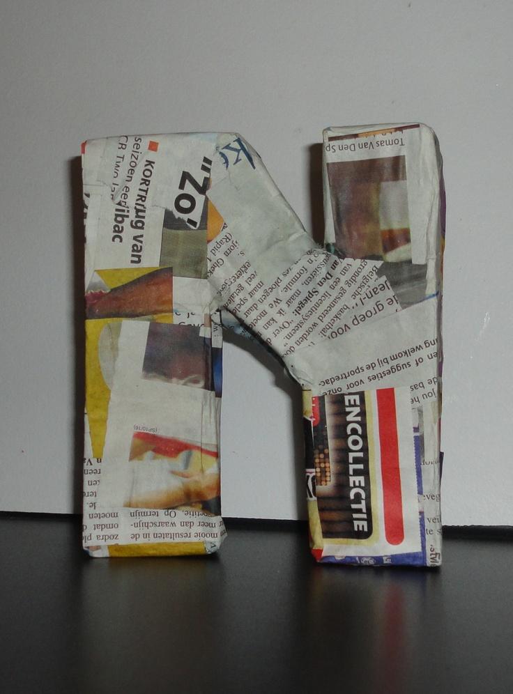 DIY Nina's letter in gazette papier  (gemaakt van krantenpapier,behangerslijm en karton