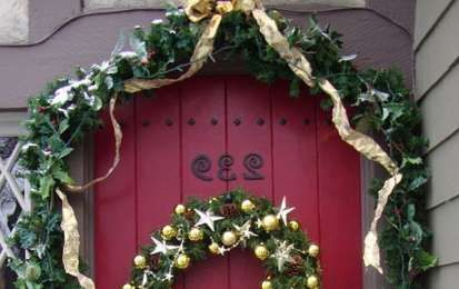 Decorazioni fai da te di Natale per la porta d'ingresso - Decorazioni di Natale per la porta d'ingresso