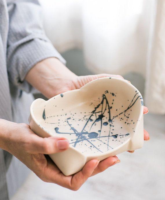 Ceramic white Bowl, unique serving platter, blue splash pattern tray , modern serving bowl , decorative Serving bowl, Modern home decor
