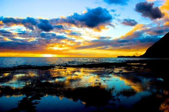 Makaha, Oahu,HI. The sunsets of the west coast of Oahu in Hawaii - ChanceKnell/Getty Images