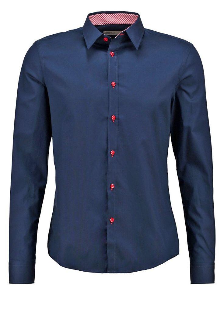 Das perfekte Hemd für deinen klassischen Look. Pier One SLIM FIT - Hemd - dark blue/red für 29,95 € (06.12.15) versandkostenfrei bei Zalando bestellen.