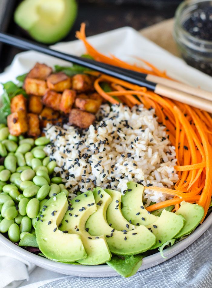 Sriracha Baked Tofu Rice Bowls Recipe Brown Rice Bowl Recipe Rice Bowls Recipes Super Healthy Recipes