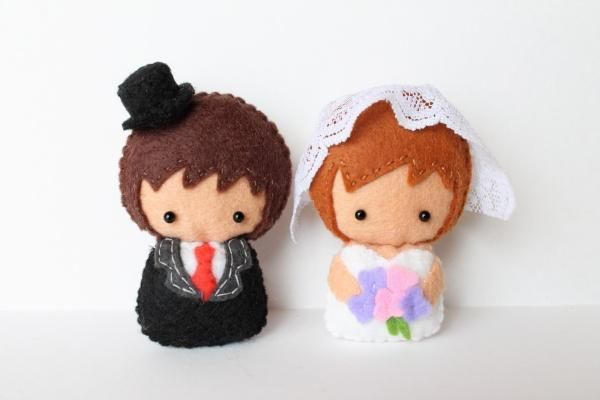 This sweet pattern comes with easy-to-follow colored instructions and full-size pattern pieces for making a bride and groom doll, including how to do all the stitches you'll need. Description from craftsy.com. I searched for this on bing.com/images