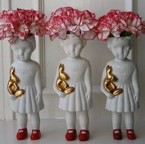 porcelain vase. Dolls with openmind
