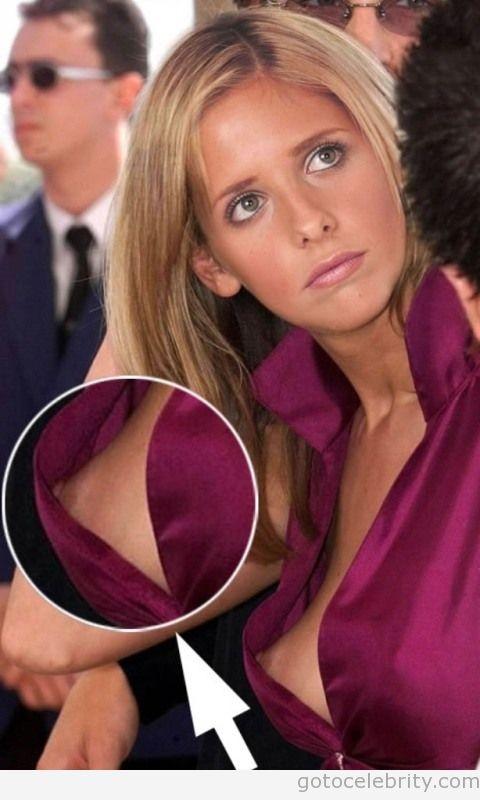 Sarah michelle gellar up skirt