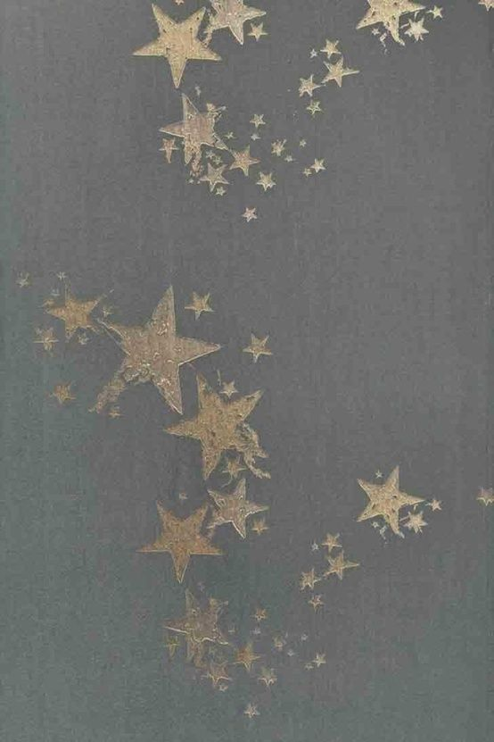I'm not sure what this is -- but I think layered stars in slightly varying, semi-opaque metallic tints would make a lovely wall stencil.