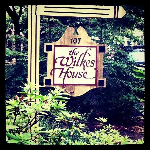 Mrs Wilkes Dining Room Savannah: 17 Best Images About Savannah Georgia On Pinterest