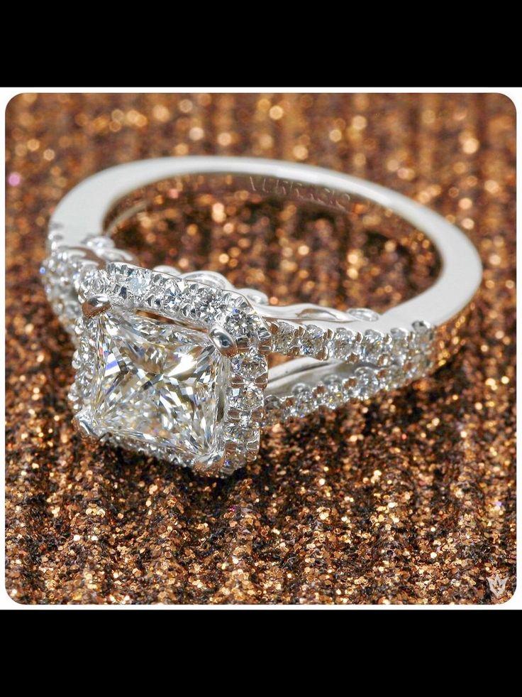 https://www.etsy.com/listing/289992975/unique-gemstone-blue-topaz-ring-18-karat Verragio