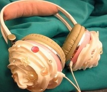 cupcake, cute, headphones.