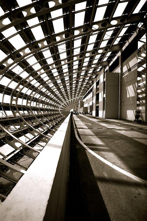 Waterloo Station: UK: Architect Nicholas Grimshaw