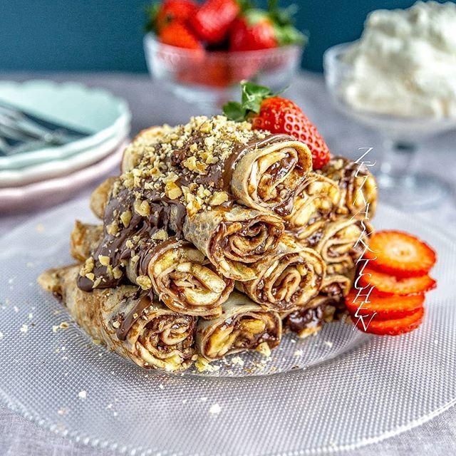 Palacinke- Fyllda pannkakor från Balkan Farligt goda❤ Recept med steg för steg bilder hittar du på bloggens startsida. Gå till zeinaskitchen.se och skrolla ner lite